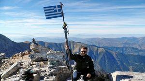 Κυνηγώντας Κορυφές: Ο άνθρωπος που κατέκτησε τα ψηλότερα βουνά στην Ελλάδα