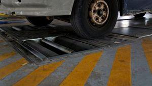 Τέσσερα στα δέκα αυτοκίνητα δεν περνούν από ΚΤΕΟ