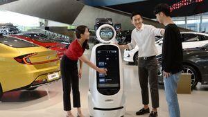 LG και Hyundai φέρνουν τα ρομπότ στα αυτοκίνητα
