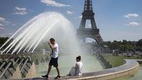 Γαλλία: Kαλεί τις επιχειρήσεις να αναστείλουν την Black Friday - Υπό σκέψη νέα ημερομηνία