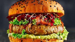 Mega Meatless: Η Megas Yeeros ανατρέπει τα δεδομένα