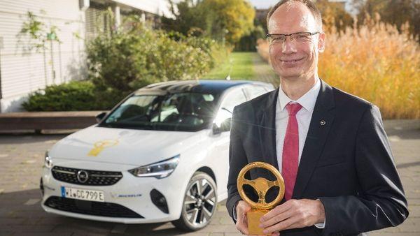 Το Νέο Ηλεκτρικό Opel Corsa-e Κέρδισε το «Χρυσό Τιμόνι 2020»