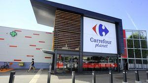 Γαλλία: Οριστική η άρνηση της κυβέρνησης για συνένωση Carrefour - Couche-Tard