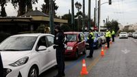Lockdown: Βόλτα στη γειτονιά το Σαββατοκύριακο - Τι ισχύει πλέον (vid)