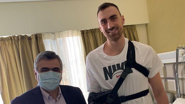 Την Ευρωκλινική Αθηνών επέλεξε ο Nikola Milutinov για την αρθροσκόπηση του ώμου του