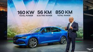 Η SKODA προχωράει στα ηλεκτρικά και υβριδικά μοντέλα αυτοκινήτων