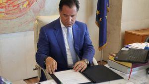 Υπεγράφη συμφωνία Ελλάδας - ΗΑΕ στον τομέα των μικρομεσαίων επιχειρήσεων