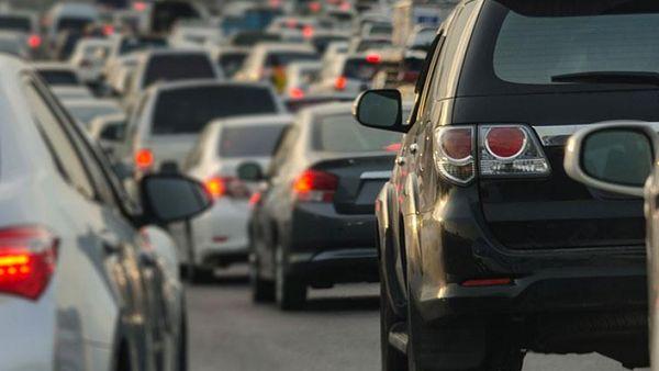Τέλη κυκλοφορίας: Για ποια αυτοκίνητα αλλάζει ο τρόπος υπολογισμού
