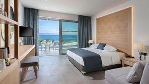 Ολοκληρωμένες ξενοδοχειακές λύσεις της LG στο Blue Lagoon Group