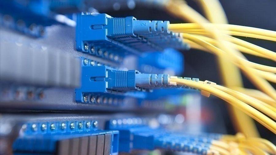 Επιδότηση 360 ευρώ σε επιχειρήσεις για ταχύτητες έως 200Mbps