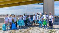 SANITAS: Αγκαλιάζει την εθελοντική δράση Let's Do it Greece