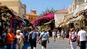 ΙΝΣΕΤΕ: Παρερμηνευμένα ορισμένα στοιχεία της μελέτης της ΕΣΕΕ για τον ελληνικό τουρισμό
