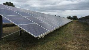 ΕΛΠΕ Ανανεώσιμες: Τρία νέα φωτοβολταϊκά πάρκα σε δοκιμαστική λειτουργία
