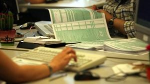 Έρχεται παράταση στην υποβολή των φορολογικών δηλώσεων