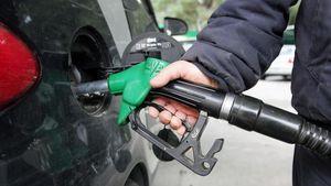 «Αρρυθμίες» στην αγορά καυσίμων