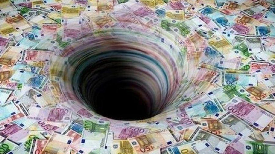 Περίπου 4 δις ευρώ αυξήθηκε το δημόσιο χρέος