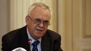Δραγασάκης: Επέλεξα να μην αναστείλω καμία από τις λειτουργίες του υπουργείου
