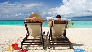 ΣΕΤΕ: O Έλληνας ξοδεύει 64% λιγότερα χρήματα για διακοπές