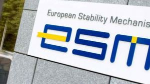 ESM: Αν εφαρμοστούν οι παροχές Τσίπρα, δεν θα επιτευχθεί πλεόνασμα 3,5%