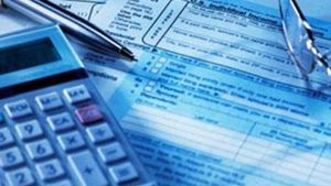 Φορολογικές δηλώσεις: Γύρω στα 850 ευρώ ο μέσος φόρος στα χρεωστικά εκκαθαριστικά