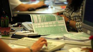 Τέλος χρόνου σήμερα για την εμπρόθεσμη υποβολή των φορολογικών δηλώσεων