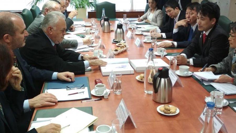 Δραγασάκης: Συνάντηση με τον Αναπληρωτή Υπουργό Οικονομίας, Εμπορίου & Βιομηχανίας της Ιαπωνίας