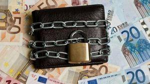 Κατασχέσεις λογαριασμών για ρυθμισμένα δάνεια που έγιναν μη εξυπηρετούμενα