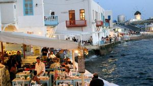 ΤτΕ: Αυξήθηκε 11% η τουριστική κίνηση το πρώτο τετράμηνο