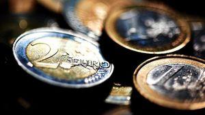 ΚΕΠΕ : Προτείνει κατάργηση κατώτατου μισθού