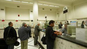 Τι ώρα κλείνουν οι τράπεζες παραμονή Χριστουγέννων