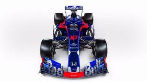 H Red Bull Toro Rosso Honda αποκάλυψε την STR13