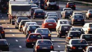 ΕΛΣΤΑΤ: Μείωση 2,5% στις άδειες κυκλοφορίας Ι.Χ. τον Ιούνιο