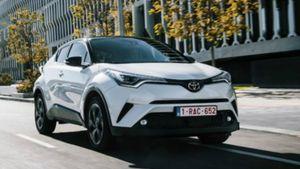 Toyota: Ένα στα δύο που πουλάει είναι υβριδικά