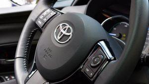 Toyota: Ανακαλεί 1,6 εκατομμύρια αυτοκίνητα λόγω προβλημάτων στους αερόσακους