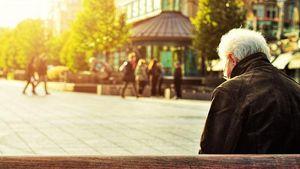 Είστε συνταξιούχος; Εύκολοι τρόποι για να βγάλετε έξτρα χρήματα