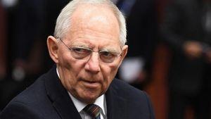 Σόιμπλε: Η αποχώρηση της Μέρκελ από την ηγεσία της CDU δεν αποτελεί συντέλεια του κόσμου