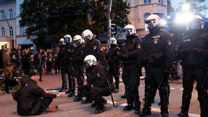 Τέσσερις αστυνομικοί τραυματίστηκαν σε κινητοποιήσεις στο Αμβούργο ενόψει της G20
