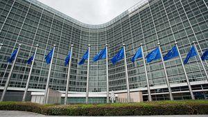Ευρωπαϊκή Επιτροπή: Στήριξη στην ερευνητική δημοσιογραφία και την ελευθερία των ΜΜΕ