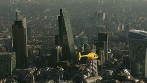 DHL: Υπηρεσία παράδοσης με ελικόπτερο στο Λονδίνο