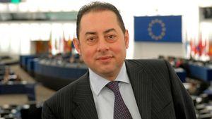 Υπηρεσιακός Πρόεδρος στο Ευρωπαϊκό Κοινοβούλιο
