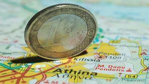FT: Απαραίτητος ο συμβιβασμός για να αποτραπεί το Grexit