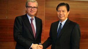 Συνάντηση του προέδρου της Inditex με Κινέζους αξιωματούχους