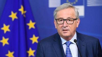 """Γιούνκερ: Δεν είμαστε σε """"πόλεμο"""" με την Ιταλία"""