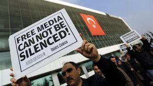ΕΚ: Προβληματισμός για την ελευθερία των ΜΜΕ στην Τουρκία