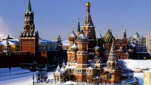 Εντείνεται η στρατιωτική παρουσία της Μόσχας στην Κριμαία
