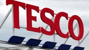 Tesco: Κλείνει καταστήματα στην Ουγγαρία