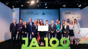 H Solmeyea μεγάλη νικήτρια του JA Start Up 2019 - ΣΕΝ/JA Greece