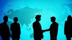 EY: Έξι στις δέκα επιχειρήσεις διεθνώς σχεδιάζουν εξαγορές