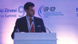 Δρ. Βασίλης Γ. Αποστολόπουλος: Κεντρική ομιλία και βράβευσή του στην 9η Σύνοδο του Βοσπόρου