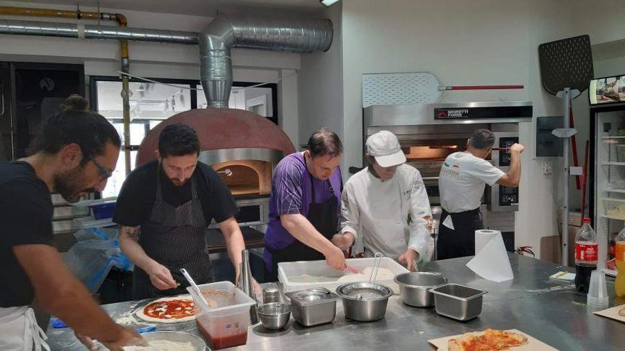 """Σεμινάριο """"Pizza napoletana"""" από την Accademia Pizzaioli Greece"""